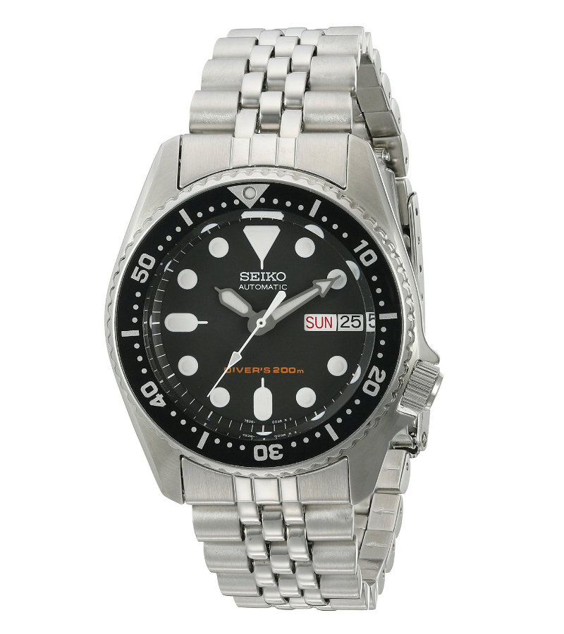 top 5 best dive watches for skinny wrists 60clicks we ll start a great entry level dive watch from seiko the skx013 sharing the same dna and lineage as it s big brother the skx007 the skx013 is a