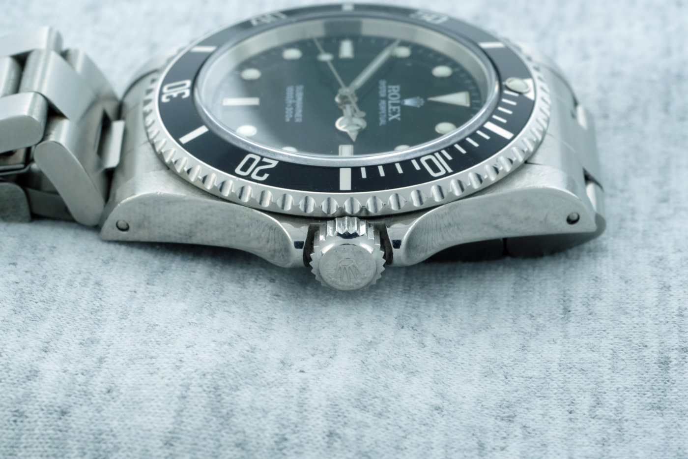 Rolex Submariner No-Date 14060M: Hands-On Review — 60Clicks